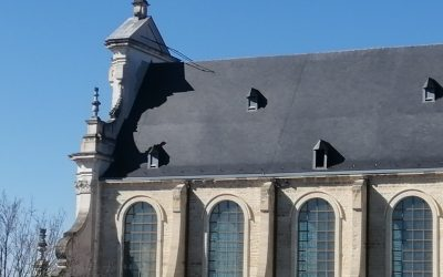 Begijnhofkerk na 30 jaar uit de stellingen